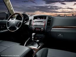 mitsubishi pajero interior 2017 2017 mitsubishi pajero 3 5l 5 door basic overview u0026 price