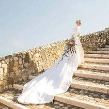 most expensive wedding gown the most expensive wedding gowns in the world boredbug