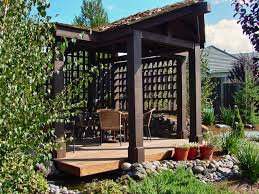 Pergola Corner Designs by 5 Diy Shade Ideas For Your Deck Or Patio Hgtv U0027s Decorating