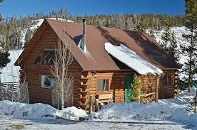 log cabin floors log cabin by a meadow 3 bedrooms 2 baths wood floors 269 000