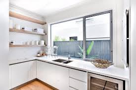 magasin d ustensile de cuisine magasin ustensile cuisine moderne avec une fenêtre et compteur