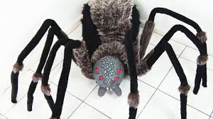 worlds largest giant spider with red led eyes unboxing youtube