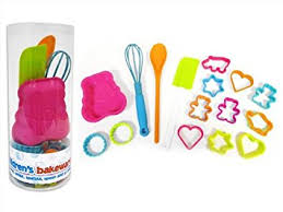 amazon cuisine enfant children s 16 bakeware set amazon co uk kitchen home
