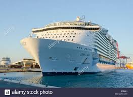Largest Cruise Ship Ms Oasis Of The Seas Sea World U0027s Largest Cruise Ship In The