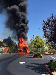 Bed Bath Beyond Roseville Fire Erupts From Truck And Trailer Behind Bed Bath U0026 Beyond In