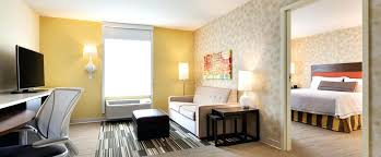 2 bedroom suites in manhattan 2 bedroom hotels suites by airport hotel 1 king bed 1 bedroom suite