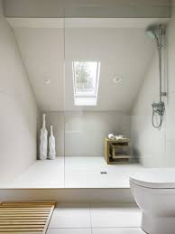 small attic bathroom ideas best 25 attic bathroom ideas on green small bathrooms