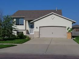 3 Bedroom Houses For Rent In Sioux Falls Sd 4609 S Grinnell Ave Sioux Falls Sd 57106 Realestate Com
