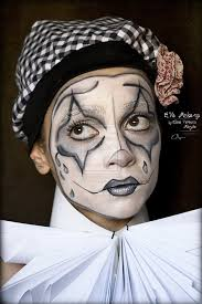 Halloween Makeup Clown Faces by 54 Best Clown Images On Pinterest Make Up Clown Makeup And Costumes