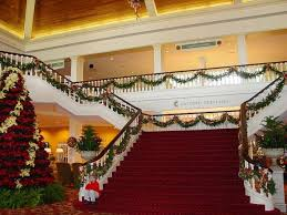 Christmas Railing Decorations Impressive Christmas Staircase Decorations To Draw Inspiration