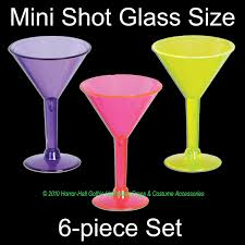 mini plastic martini glasses luau party pink flamingo goblet drink cup wine glass tiki bar