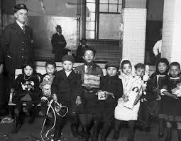 emigrant children at ellis island immigration ellis island