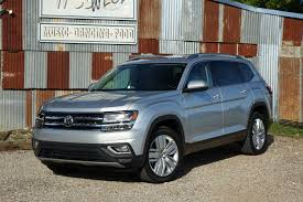 volkswagen atlas sel interior 2018 volkswagen atlas vw quality review the car connection