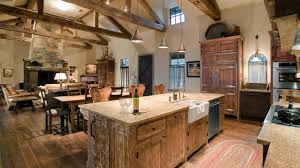 Perfectly Distressed Wood Kitchen Designs Home Design Lover - Distress kitchen cabinets