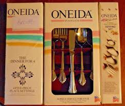 Oneida Chandelier Oneida Community Stainless Plantation 8 Place Settings Vintage