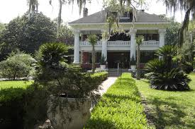 places to go buildings to see herlong mansion micanopy florida as a cracker style farmhouse in 1845 and the current neoclassical revival shell was built over the top of it between 1910 and 1915