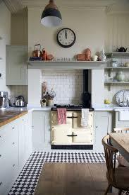 carrelage cuisine noir et blanc cuisine sol damier noir et blanc inspirations avec carrelage cuisine