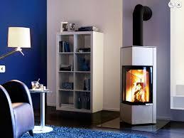 cuisine poele a bois poêle à bois moderne cheminées et poêles vente et pose de cuisine