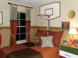 Basketball Room Mural Idea As Seen On Wwwfindamuralistcom - Kids sports room decor