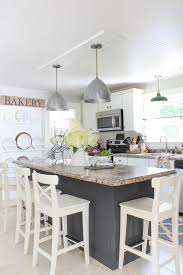 Beadboard Wallpaper On Ceiling by Kitchen Ceiling Wallpaper Revealed Rooms For Rent Blog