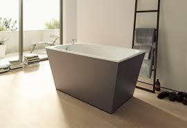 onto stand alone bath tub by duravit stylepark