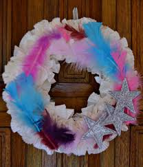 Homemade Christmas Wreaths by Stars And Feathers Diy Christmas Wreath Allfreechristmascrafts Com