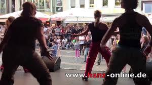 Decathlon Bad Kreuznach Hanz Online Zumba Show Beim Mitternachtsshopping 2013 In Bad