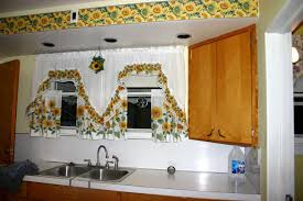 Blue And Yellow Kitchen Curtains Decorating Decorating Blue Yellow Kitchen Curtains Yellow Kitchen Swags