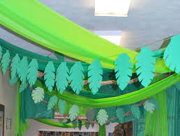 green table cover roll rainforest or jungle themed vbs vines are made from plastic table