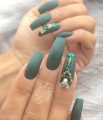 50 rhinestone nail art ideas beautiful pareja y oscuro