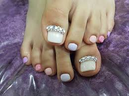 31 easy pedicure designs for spring page 3 of 3 stayglam