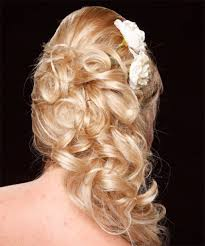 curly hair prom styles curly hairstyles for prom party fave hairstyles