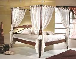 letto baldacchino letto baldacchino etnico in teak con tendaggio sconti outet