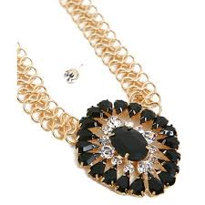 fashion necklace earring sets images Gold chain center pendant earring set my own fashion closet llc jpg