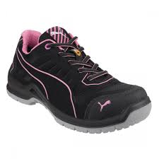 womens safety boots uk safety footwear work shoes and safety boots for everyday heroes