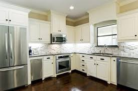 Backsplash With White Kitchen Cabinets White Kitchen Cabinets Backsplash Quicua