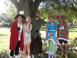 Peter Pan And Wendy Halloween Costumes by The Best Running Halloween Costumes The Hungry Runner