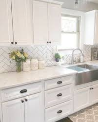 what tile goes with white cabinets 23 kitchen backsplash white cabinets ideas kitchen