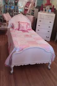 the 25 best shabby chic bed frame ideas on pinterest romantic