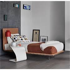 Schlafzimmer Bett Metall Https Www Arredaclick Com De Schlafzimmer Betten Thin Bett