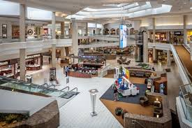 graycor woodfield mall entrances