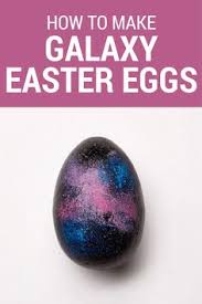 Decorating Easter Eggs With Leaves by Are You Ready To Shake It This Trick For Decorating Easter Eggs