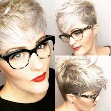Bob Frisuren F Graue Haare by The 25 Best Frisuren Für Graue Haare Ideas On Silber