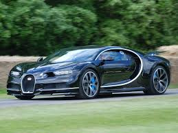 koenigsegg green naiija u2013 swedish car koenigsegg beats bugatti u0027s speed record to