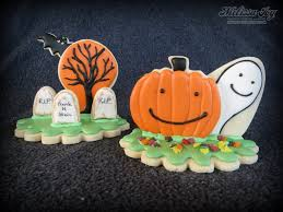 halloween buyloween cookies wrapped jack o lantern smiley to