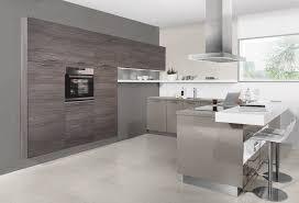 cuisine en gris cuisine gris et bois en 50 modèles variés pour tous les goûts