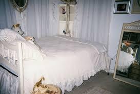 All White Bed The All White Bedroom Dengarden