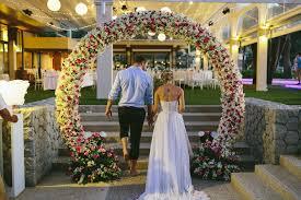 wedding arches canberra timmy thailand destination wedding keepsakephoto by