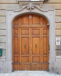 texture old clean decorated wood door 9 old doors lugher