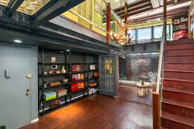 Creative Loft For 875k An Avant Garde Carroll Gardens Loft Perfect For A